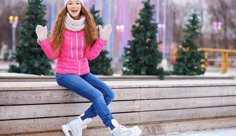 How To Dress A Girl On A Skating Rink?