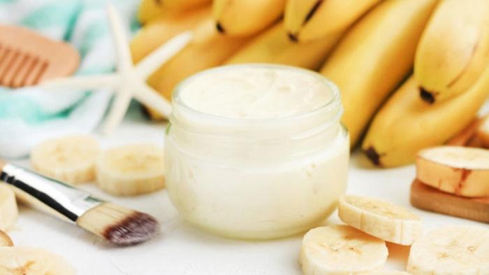 Banana mask for wrinkles removal